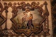 Passió - Jézus testét leveszik a keresztről. Miseruha részlete (fotó: Legeza Dénes István)