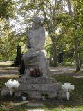 Csorba Géza: Ady Endre síremléke (1930)a Kerepesi temetőben(fotó: Legeza Dénes István)