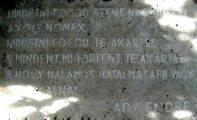 Brüll Adél síremlékének részlete (fotó: Legeza Dénes István)