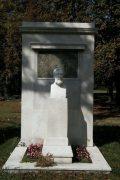 Eötvös Loránd síremléke (fotó: Legeza Dénes István)