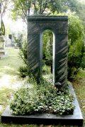 Mándy Iván síremléke (fotó: Legeza Dénes István)