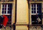 Mikulás az ablakban (fotó: Legeza Dénes István)