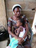 Ghánai anya gyermekével(fotó: Konkoly-Thege György)