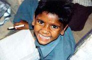 Nevető indiai kisfiú(fotó: Konkoly-Thege György)