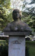 Déryné Széppataki Róza mellszobra - Budapest, Margitsziget (Fotó: Legeza Dénes István)