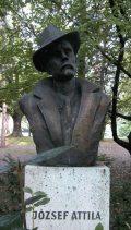 József Attila mellszobraBudapest, Margitsziget (Fotó: Legeza Dénes                         István)
