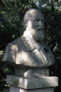 Táncsics Mihály mellszobra - Budapest, Margitsziget (Fotó: Legeza Dénes István)