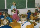 Tanító néni gyerekekkel(fotó: Vimola Ágnes)