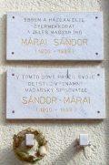 Márai Sándor emléktáblája szülőháza falán Kassán (Fotó: Mann Jolán)